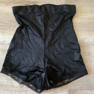 Maidenform shapewear high waist  boyshort M black